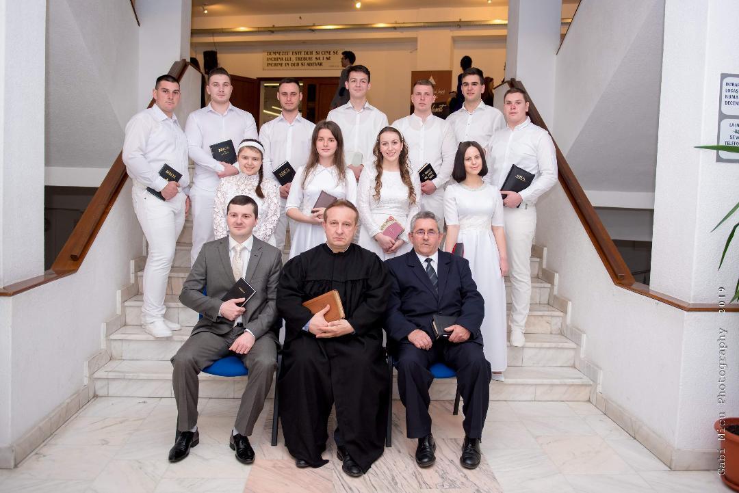 [FOTO] Botez la Biserica Creştină Baptistă Harul din Lugoj