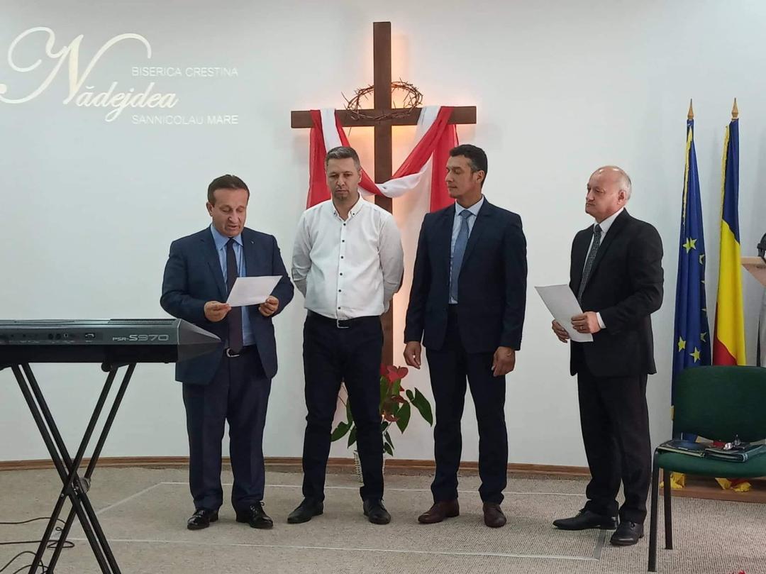 [FOTO] Noi slujitori la Sânnicolau Mare
