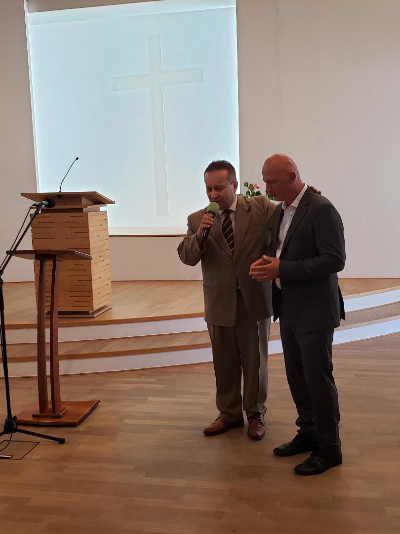 Daniel Velcotă va sluji Biserica din Krems