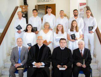 """Botez la Biserica Baptistă """"Harul"""" din Lugoj"""